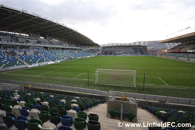Photos of a new Windsor Park emerging onto the Belfast ...